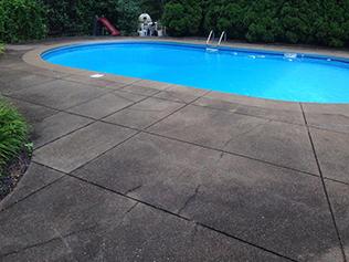 pool B4